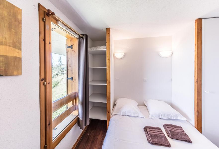 location appartement 2 pi ces 4 personnes super besse ski planet. Black Bedroom Furniture Sets. Home Design Ideas