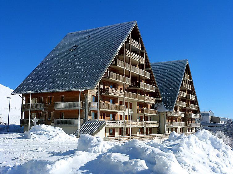 r sidence o sancy super besse location vacances ski super besse ski planet. Black Bedroom Furniture Sets. Home Design Ideas