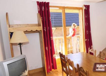 Location au ski Appartement 2 pièces cabine 4-6 personnes - Residence Le Bois De La Reine - Super Besse - Séjour