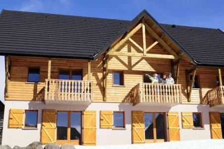 Location au ski Residence Le Bois De La Reine - Super Besse - Extérieur hiver