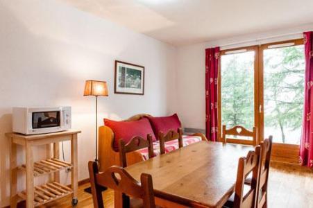 Location au ski Residence Le Bois De La Reine - Super Besse - Séjour