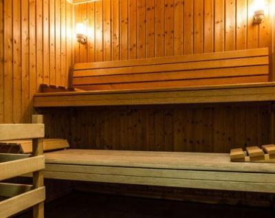 Location au ski Residence Le Bois De La Reine - Super Besse - Sauna