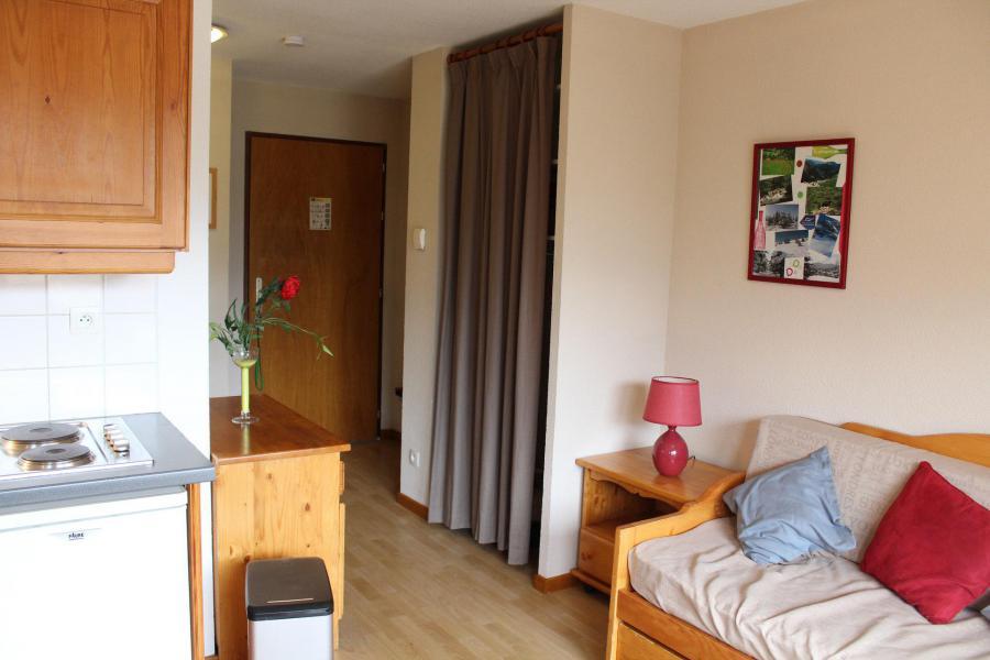 Аренда на лыжном курорте Апартаменты 3 комнат 6 чел. (AN32) - Les Chalets de SuperD Ancolie - Superdévoluy - Салон