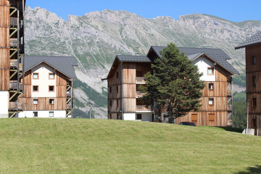 Rent in ski resort Les Chalets de SuperD Bleuet - Superdévoluy