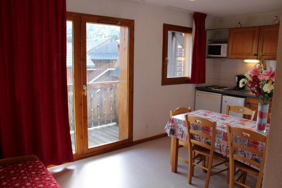 Location au ski Les Chalets de SuperD Hélianthème - Superdévoluy - Kitchenette