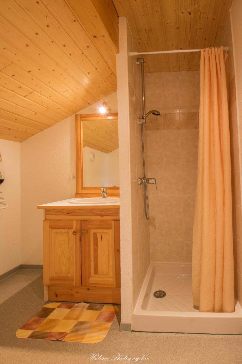 Location au ski Résidence Chalets Margot - Superdévoluy - Douche