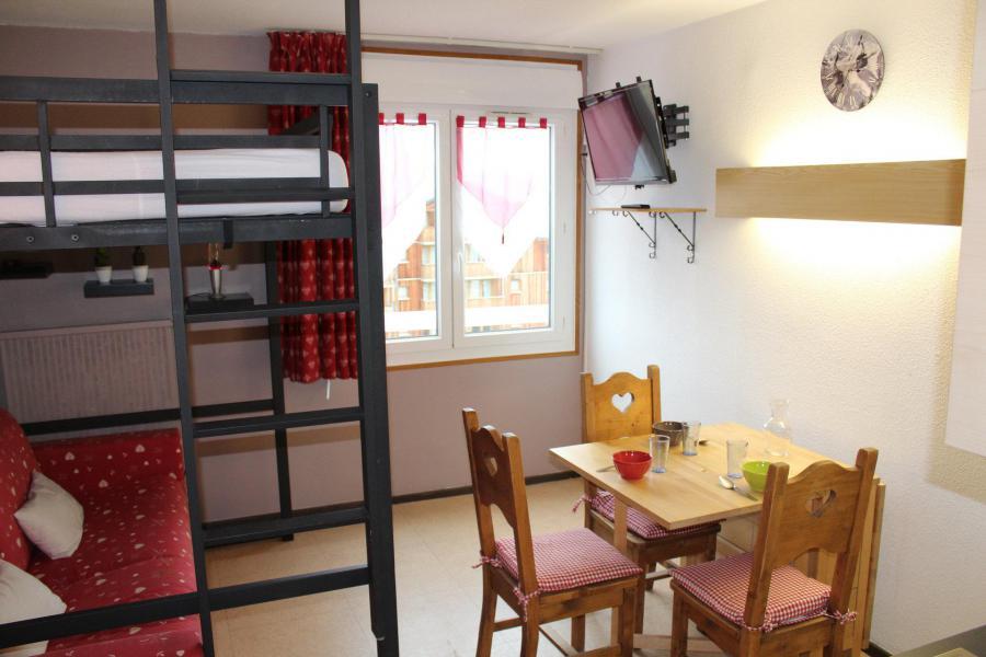 Аренда на лыжном курорте Квартира студия для 3 чел. (BA0602N) - Résidence le Bois d'Aurouze - Superdévoluy - Стол