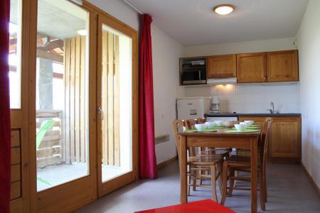 Rent in ski resort 2 room apartment sleeping corner 6 people (CE15) - La Résidence les Chaumettes - Superdévoluy