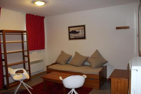Rent in ski resort 2 room apartment sleeping corner 6 people (CE41) - La Résidence les Chaumettes - Superdévoluy