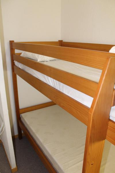 Rent in ski resort 2 room apartment sleeping corner 6 people (CE39) - La Résidence les Chaumettes - Superdévoluy