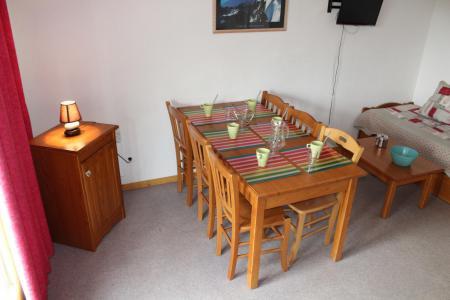 Rent in ski resort 2 room apartment sleeping corner 6 people (CD21) - La Résidence les Chaumettes - Superdévoluy
