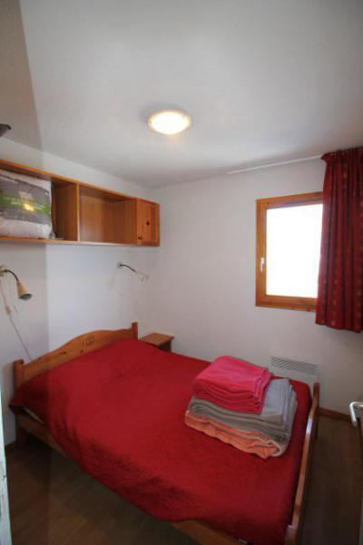 Rent in ski resort 3 room apartment cabin 4 people (BL33) - Les Chalets de SuperD Bleuet - Superdévoluy - Bedroom