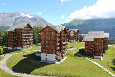 Rent in ski resort Les Chalets de SuperD Chardon Bleu - Superdévoluy