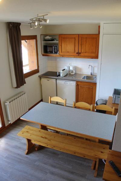 Rent in ski resort 2 room apartment sleeping corner 6 people (DP52) - Les Chalets de SuperD Dauphinelle - Superdévoluy