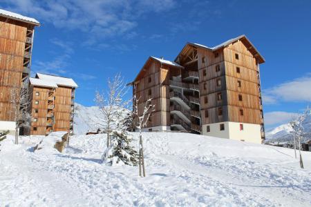 Rent in ski resort Les Chalets de SuperD Fraxinelle - Superdévoluy - Winter outside