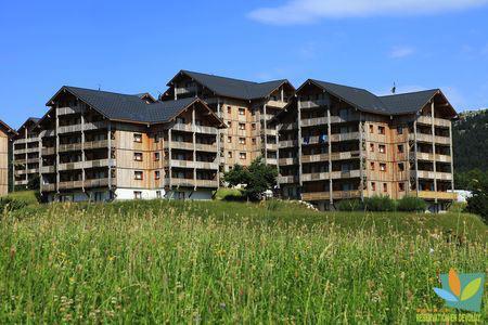 Rent in ski resort 2 room apartment sleeping corner 6 people (GE42) - Les Chalets de SuperD Gentiane - Superdévoluy