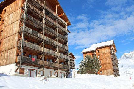 Rent in ski resort Les Chalets de SuperD Hélianthème - Superdévoluy - Winter outside