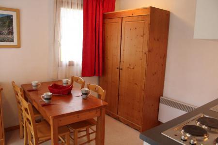 Rent in ski resort 3 room apartment 4 people (HE11) - Les Chalets de SuperD Hélianthème - Superdévoluy