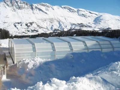 Location au ski Les Chalets Superd - Superdévoluy - Piscine