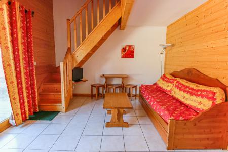 Rent in ski resort Résidence Chalets Margot - Superdévoluy - Bench seat