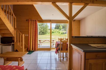 Rent in ski resort Résidence Chalets Margot - Superdévoluy - Living room