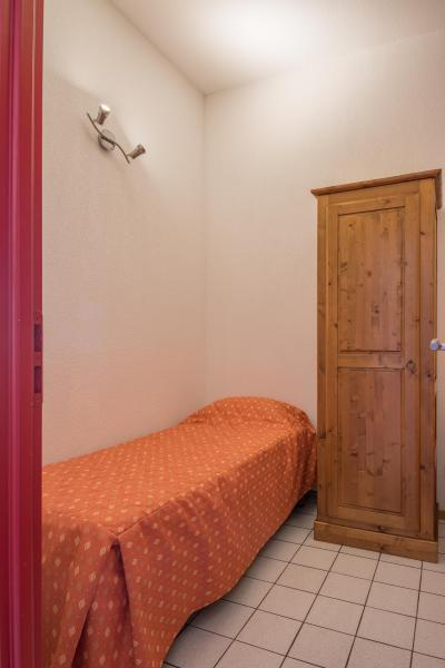 Rent in ski resort Résidence Chalets Margot - Superdévoluy - Single bed