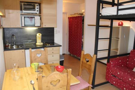 Rent in ski resort Studio 3 people (BA0602N) - Résidence le Bois d'Aurouze - Superdévoluy - Living room