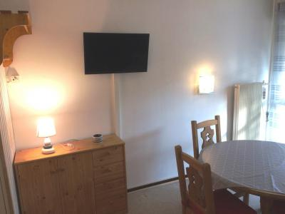 Rent in ski resort Studio 4 people (BA0253S) - Résidence le Bois d'Aurouze - Superdévoluy - Table