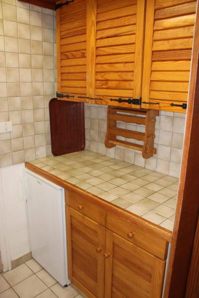 Rent in ski resort Studio sleeping corner 4 people (BA0127N) - Résidence le Bois d'Aurouze - Superdévoluy - Kitchenette