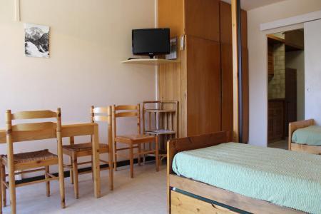Rent in ski resort Studio sleeping corner 4 people (BA0127N) - Résidence le Bois d'Aurouze - Superdévoluy - Living room