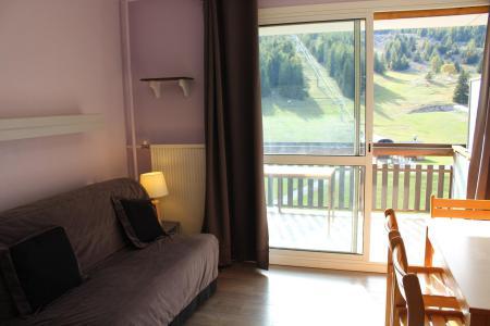 Rent in ski resort Studio sleeping corner 4 people (BA0227S) - Résidence le Bois d'Aurouze - Superdévoluy - Living room