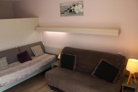 Rent in ski resort Studio sleeping corner 4 people (BA0227S) - Résidence le Bois d'Aurouze - Superdévoluy - Sofa-bed