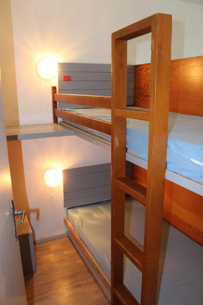 Rent in ski resort Studio sleeping corner 4 people (BA0922S) - Résidence le Bois d'Aurouze - Superdévoluy - Bunk beds