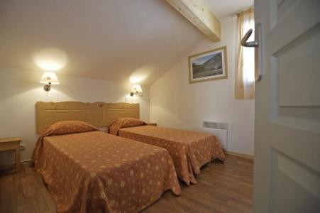Location au ski Residence Le Hameau Du Puy - Superdévoluy - Chambre mansardée