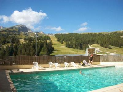 Location au ski Residence Les Chaumettes - Superdévoluy - Piscine