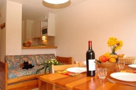 Location au ski Appartement 2 pièces 4 personnes (17) - Residence Le Petit Mont Cenis - Termignon-la-Vanoise - Table
