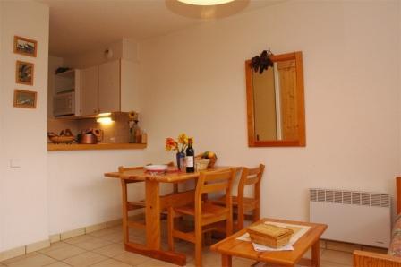 Location au ski Appartement 2 pièces 4 personnes (22) - Residence Le Petit Mont Cenis - Termignon-la-Vanoise - Table