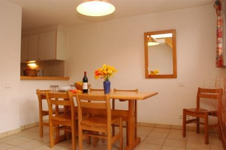 Location au ski Appartement duplex 3 pièces 8 personnes (30) - Residence Le Petit Mont Cenis - Termignon-la-Vanoise - Table