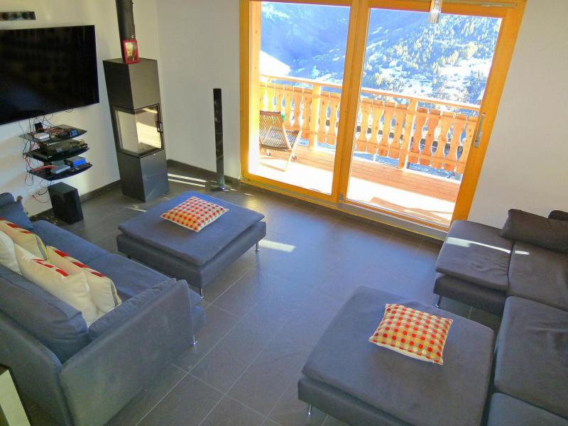 Location au ski Chalet Croix Blanche - Thyon - Porte-fenêtre donnant sur balcon