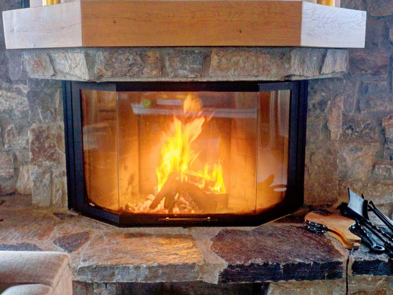 Rent in ski resort Chalet Teychenne - Thyon - Fireplace