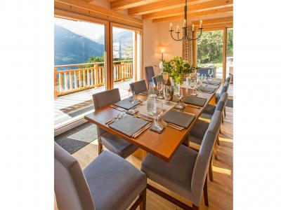 Rent in ski resort Chalet des Etoiles - Thyon - Dining area