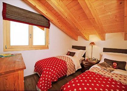 Location au ski Chalet 5 pièces 8 personnes - Chalet Falcons Nest - Thyon - Chambre mansardée