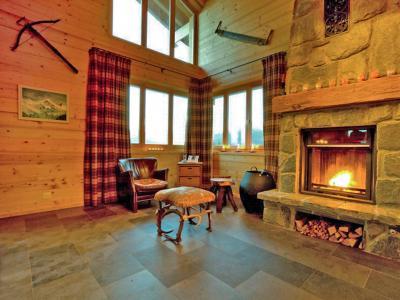 Location au ski Chalet Fleur des Collons - Thyon - Cheminée