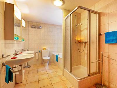 Location au ski Chalet duplex 4 pièces 6 personnes - Chalet Krokus - Thyon - Salle de bains