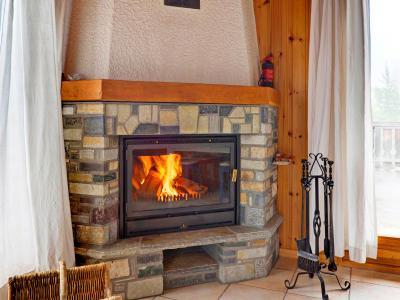 Location au ski Chalet Krokus - Thyon - Cheminée