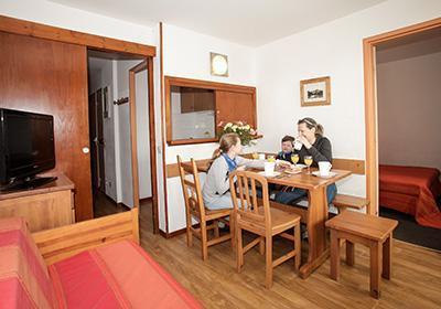 Location au ski Residence Le Hameau Du Borsat - Tignes - Table