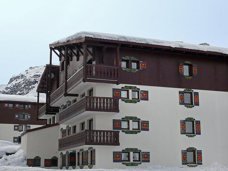 Holiday in mountain resort Chalet Club - Tignes - Winter outside