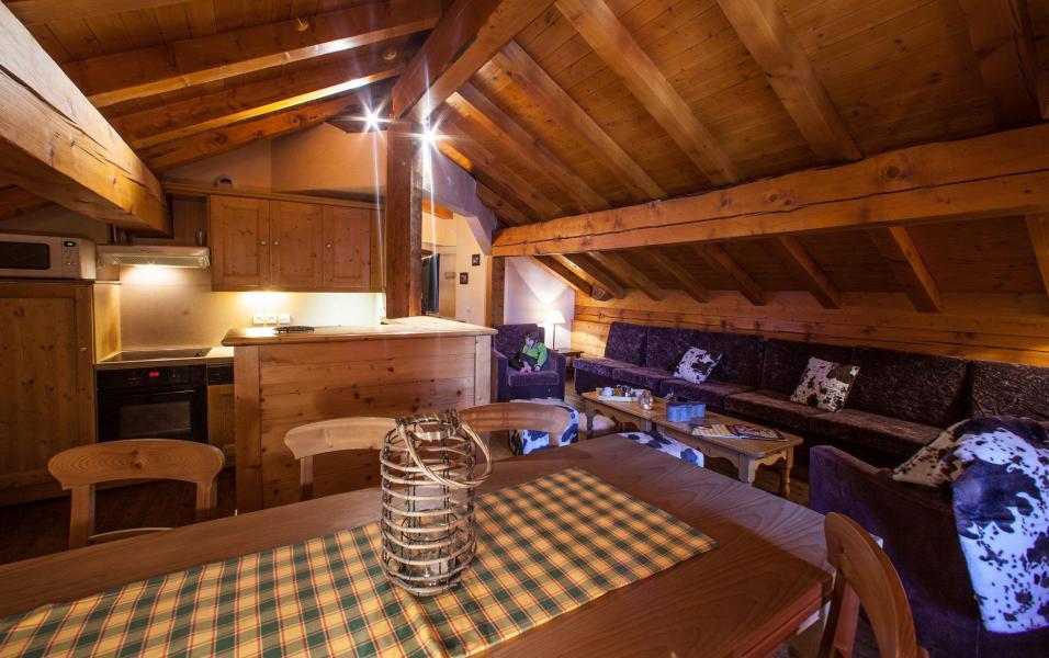 Аренда на лыжном курорте Апартаменты 6 комнат 9 чел. - Chalet le Planton - Tignes - Салон