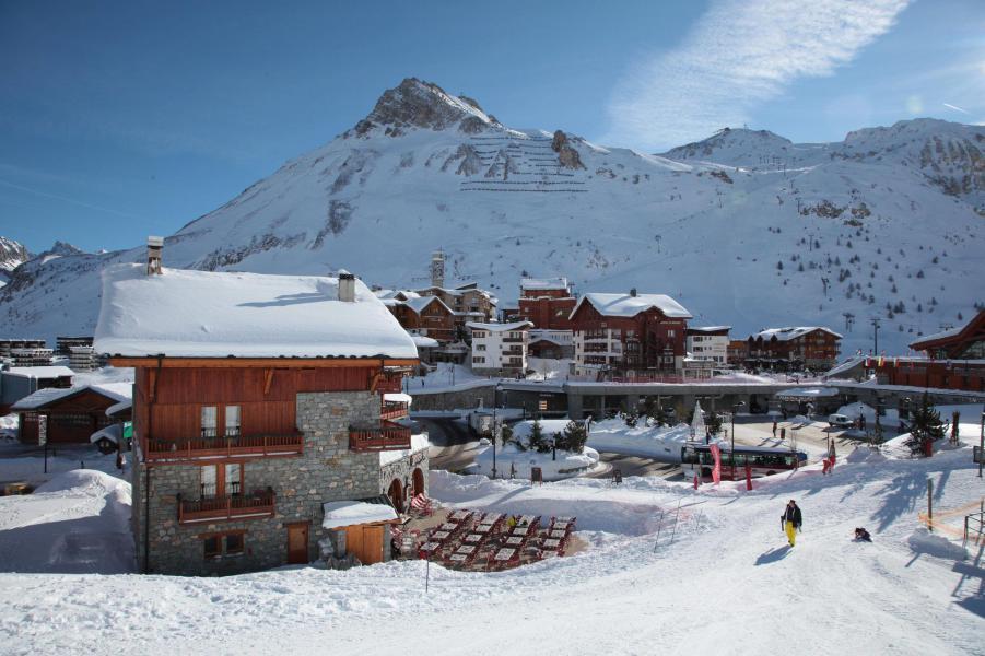Аренда на лыжном курорте Chalet le Planton - Tignes - зимой под открытым небом