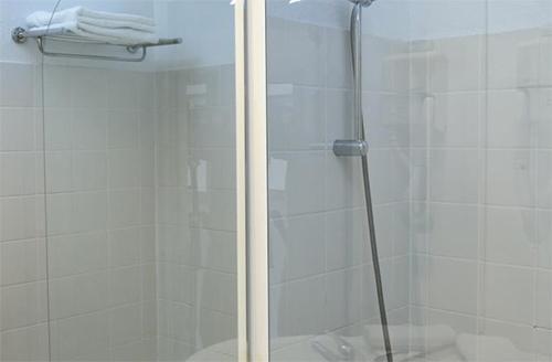 Location au ski Hotel Club Mmv Les Brevieres - Tignes - Salle d'eau
